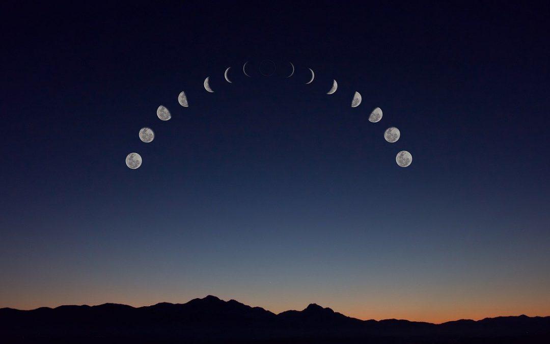 faza Księżyca a rytuały - wróżka Ksymena