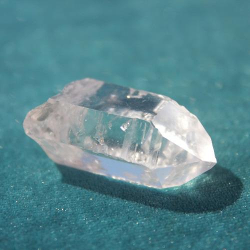 kryształ górski zbiera negatywną energię - wróżka Ksymena-Wielki Mistrz Reiki